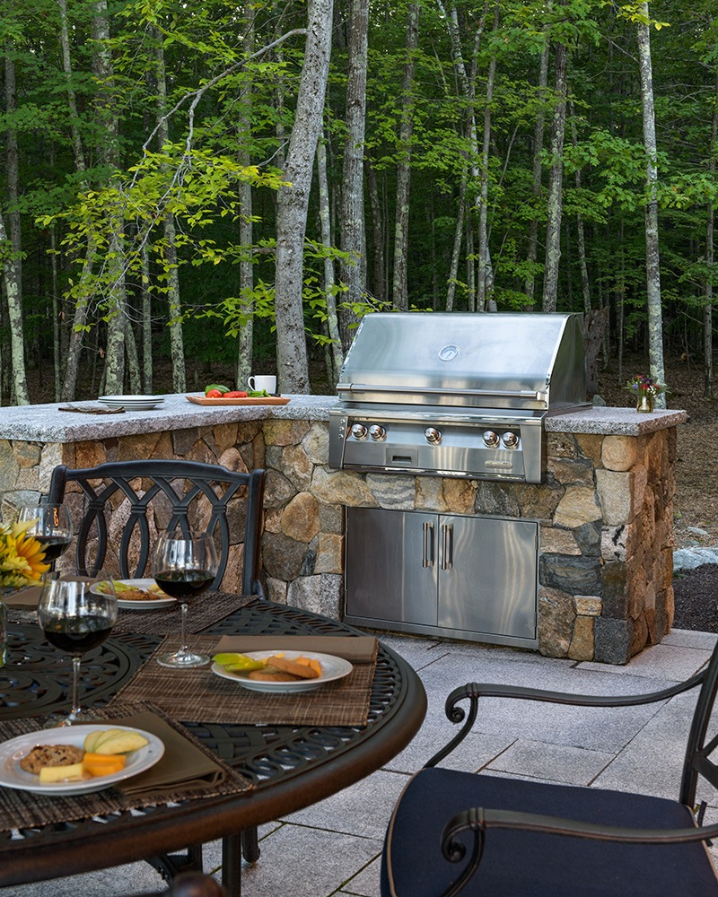 StoneOutdoor built in Grill
