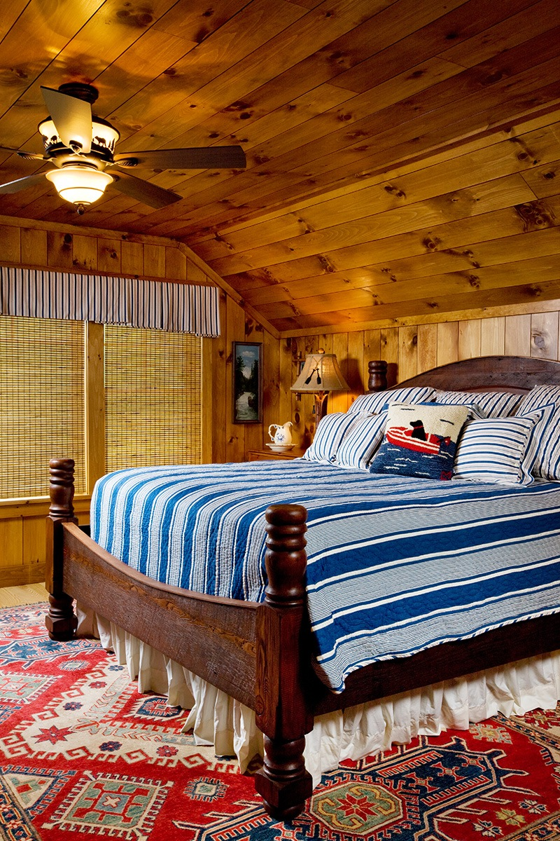 Family Barn Bedroom