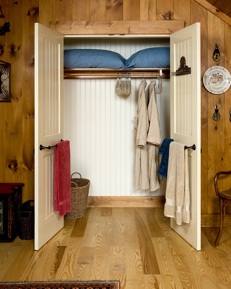 Family Barn Bedroom Closet